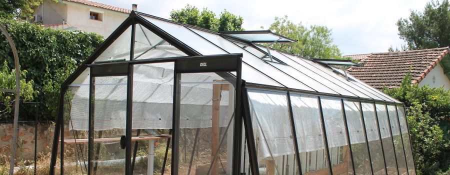 How to manage your water temperature within your greenhouse?